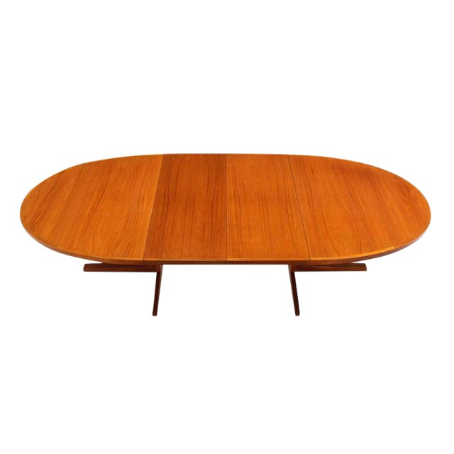 Danish Mid Century Modern Teak Dining Table with Two Leaves For Sale