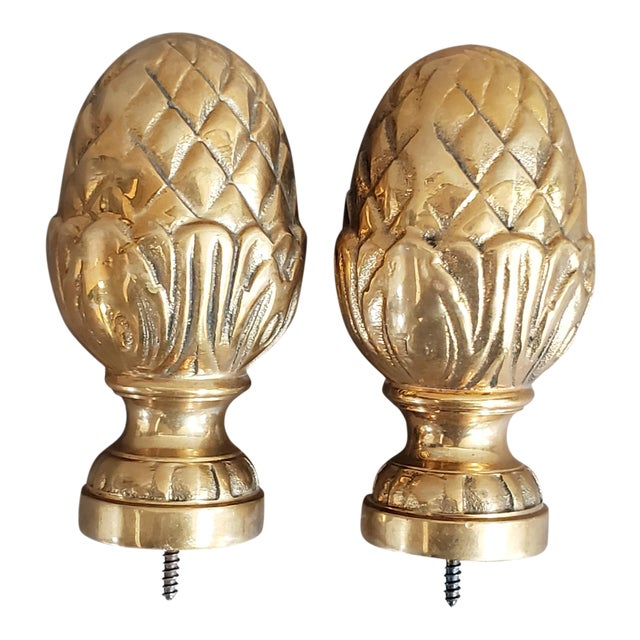 Brass Curtain Tie Back Finials - a Pair For Sale