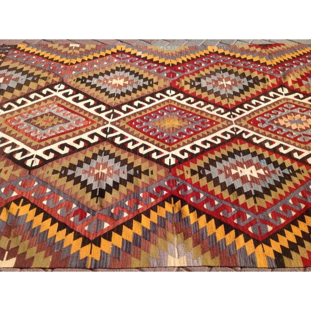 Vintage Turkish Kilim Rug - 5′5″ × 8′5″ For Sale - Image 4 of 7