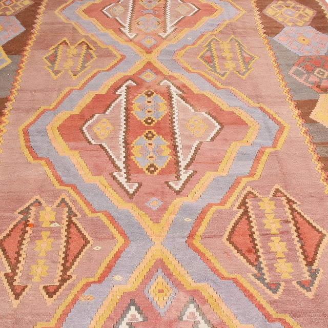 """1930s 1930s Vintage Mid-Century Geometric Pink and Yellow Wool Kilim Rug-7'3'x13'10"""" For Sale - Image 5 of 8"""