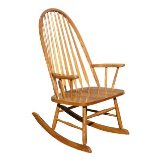 Vintage Royola Pacific Mid-Century French Country Oak Windsor Rocking Chair For Sale