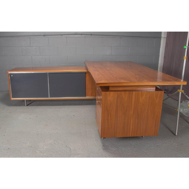 Executive L-Shaped Desk Unit by George Nelson for Herman Miller For Sale - Image 9 of 10