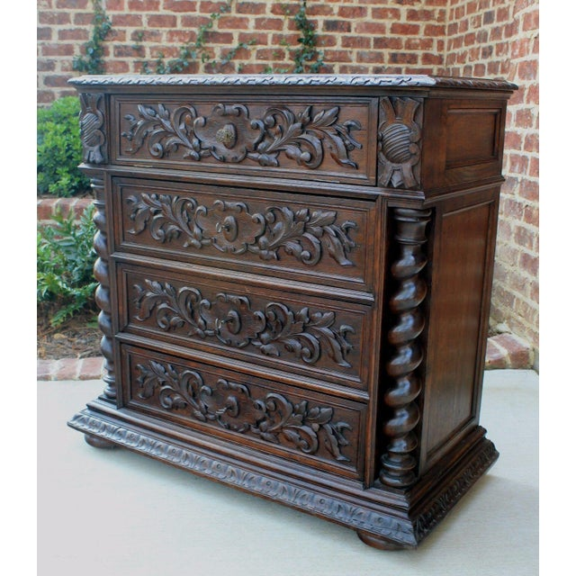 Antique French Oak Mid-19th Century Renaissance Revival Barley Twist 3-Drawer Chest Entry Commode Cabinet For Sale - Image 9 of 13