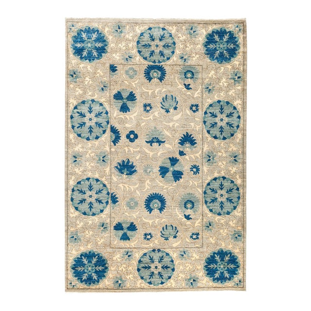 """Persian Suzani Style Blue Hand-Knotted Wool Rug- 5' 3"""" X 7' 9"""" For Sale"""