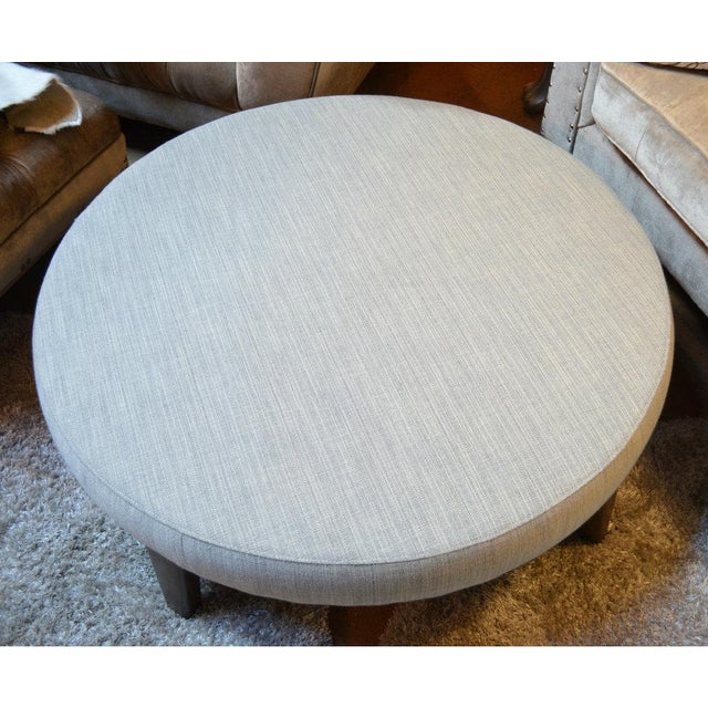 Tremendous Vintage Modern Round Gray Tweed Fabric Ottoman Caraccident5 Cool Chair Designs And Ideas Caraccident5Info
