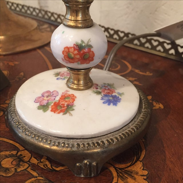1940s Vintage Floral Porcelain Lamp For Sale In Atlanta - Image 6 of 8