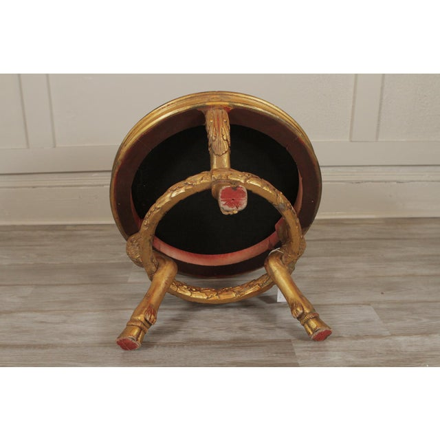 1970s 20th Century Charles X Style Giltwood Leopard Upholstered Stool For Sale - Image 5 of 8