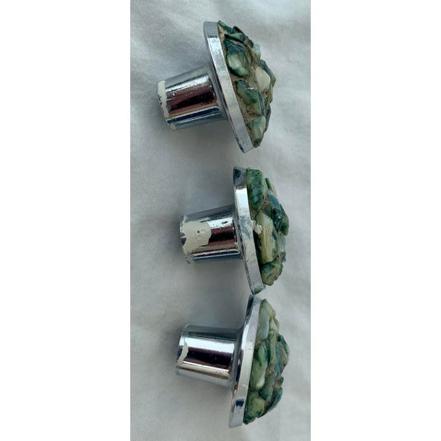 1960s 1960s Mid-Century Chrome and Shell Cabinet Knobs - Set of 11 For Sale - Image 5 of 6