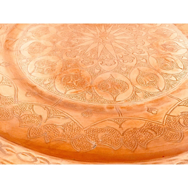 Moroccan Polished Round Metal Copper Tray For Sale - Image 10 of 12