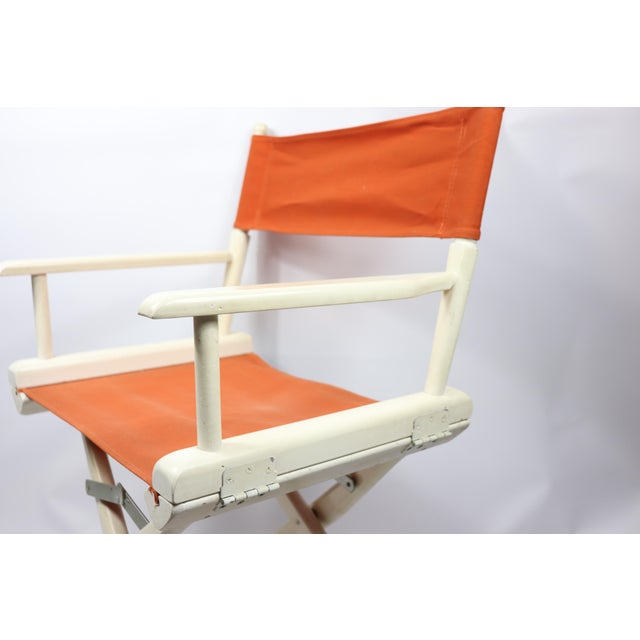Vintage 60s telescope foldable directors chair. Vintage directors chair. Has some scratches/wear on the canvas and wood....