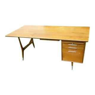 1960s Mid-Century Modern Solid Walnut Executive Desk For Sale