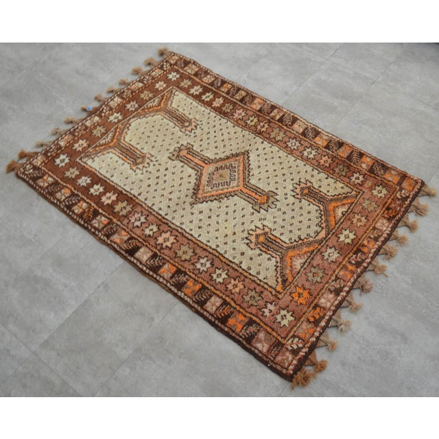 "Brown Turkish Tribal Rug. Faded Colors Petite Kilim Rug - 3'6"" X 4'11"" For Sale - Image 8 of 12"