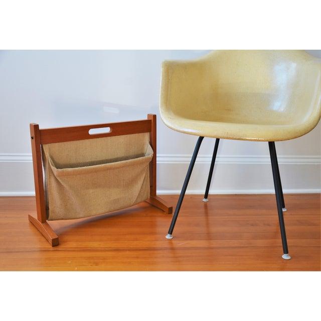 Mid-Century Modern Brdr Furdo Danish Modern Teak and Linen Double Magazine Rack For Sale - Image 3 of 12