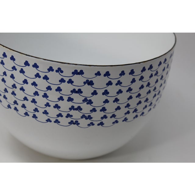 Kaj Franck for Finel Arabia Blue Clover Enamel Bowl - Image 3 of 4