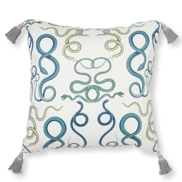 """Textile Schumacher Charlap Hyman & Herrero 31"""" Square Giove Pillow With Tassels in Emerald Sapphire For Sale - Image 7 of 7"""