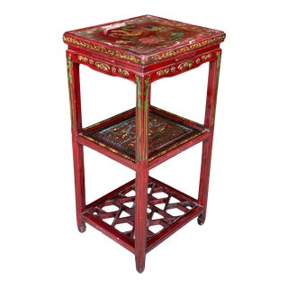 Vintage Chinese Red Lacquered Birds of Paradise Motif Plant Stand End Table For Sale