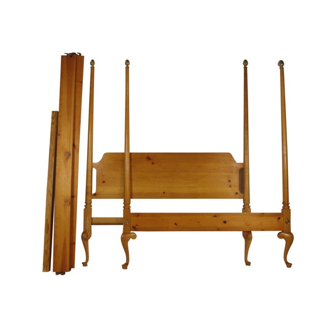 Queen Anne 1980s Colonial Style Four Poster Bed For Sale - Image 3 of 7