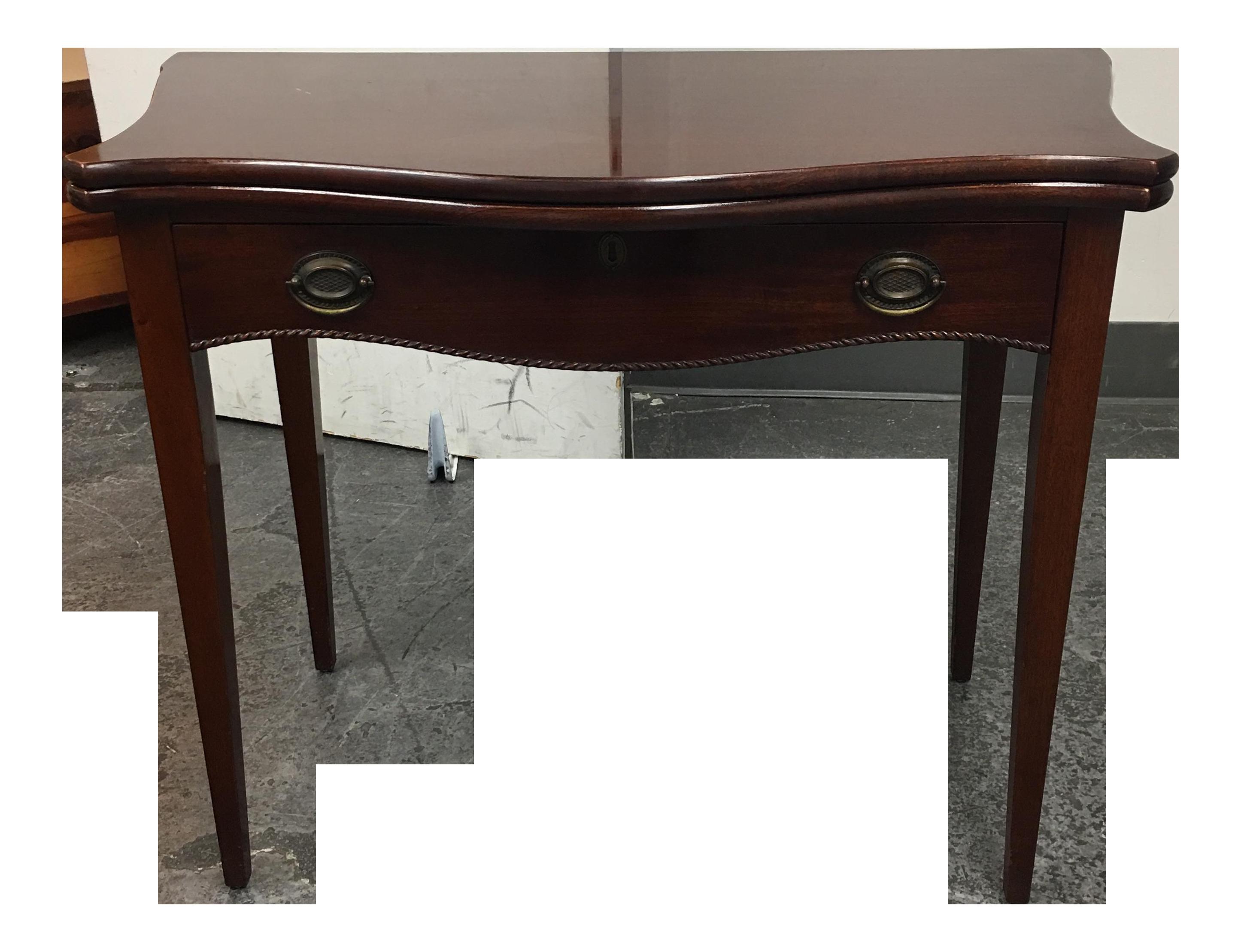 Genial Vintage Flip Top Game Table