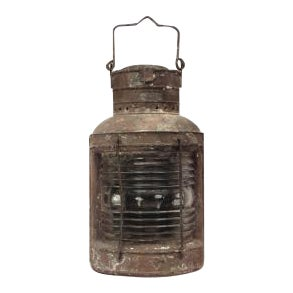 19th Century American Country style iron and glass half round ships embarkment lantern For Sale