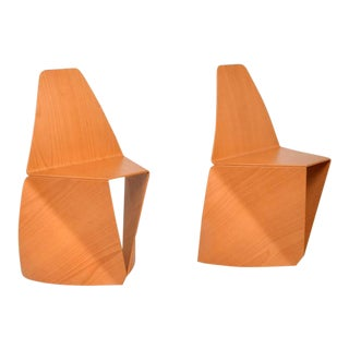Japanese Modern Pair Stackable Side Chairs Bent Plywood Style of Sori Yanagi For Sale