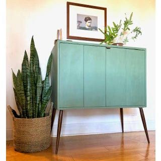 1960s Mid-Century Cabinet Credenza Preview