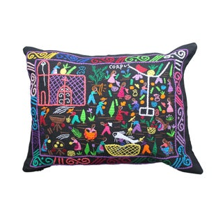 Tzin Tzun Tzan Magical Pillow I For Sale