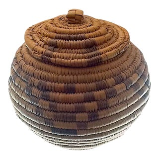 "Mid 20th Century Zulu Ukhamba Basket With Lid 5"" For Sale"