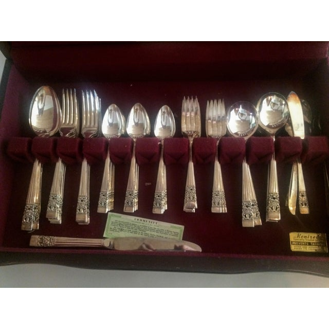 Oneida Community Silver Plate Coronation Flatware - Set of 76 For Sale - Image 4 of 11