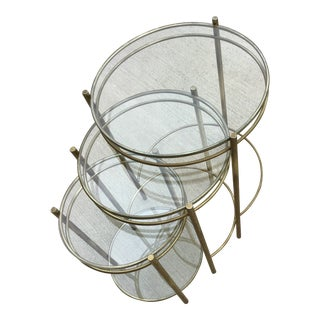 20th Century Hollywood Regency Round Glass & Brass Nesting Tables - Set of 3 For Sale