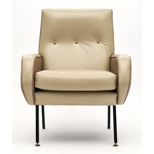 French Modernist Two-Toned Leather Armchairs - a Pair For Sale - Image 4 of 12