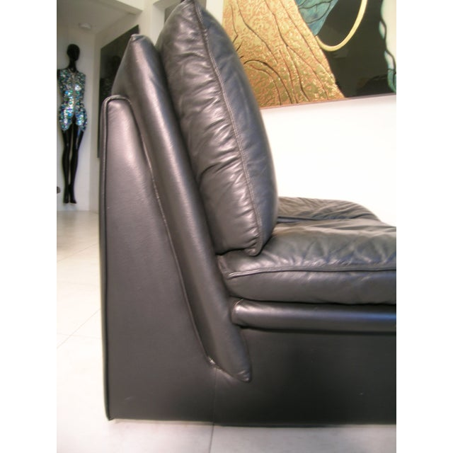 Mid-Century Modern Nicoletti Salotti Italian Mid Century Modern Black Leather Lounge Chair For Sale - Image 3 of 13