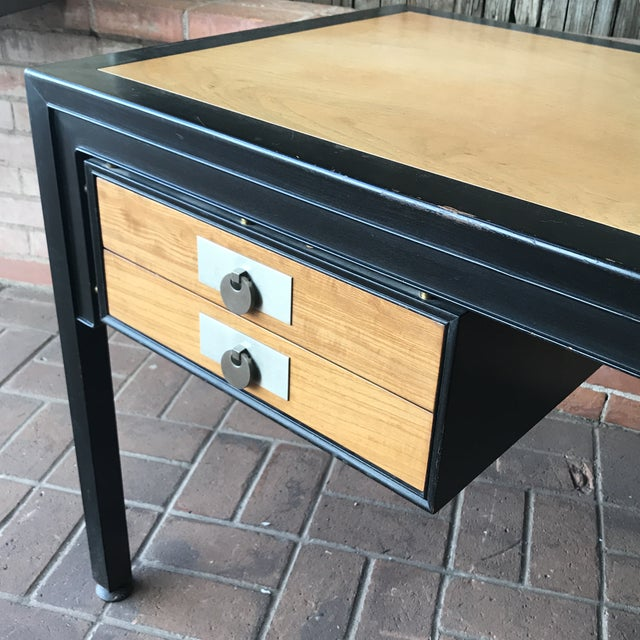 1960s Mid-Century Modern Desk by Michael Taylor for Baker Furniture Company For Sale - Image 5 of 10