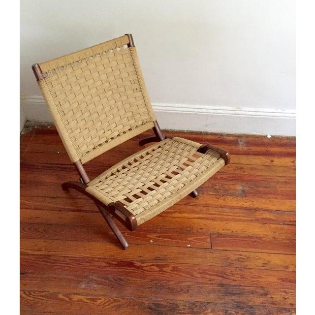 Hans Wegner Style Walnut Folding Jute Chair - Image 4 of 4