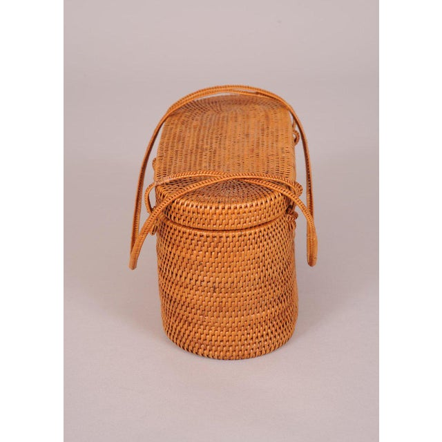 Mid-Century Modern 1950's Woven Straw Box Bag For Sale - Image 3 of 7