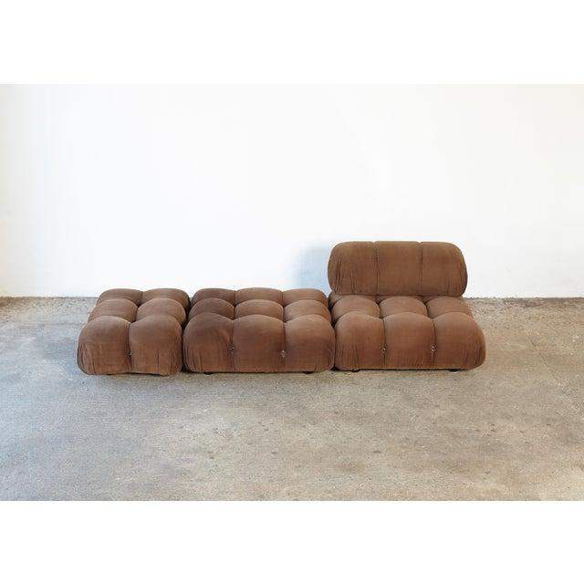 An extremely comfortable Mario Bellini Camaleonda modular sofa, made by B&B Italia, Italy, 1970s. Original tan fabric - no...