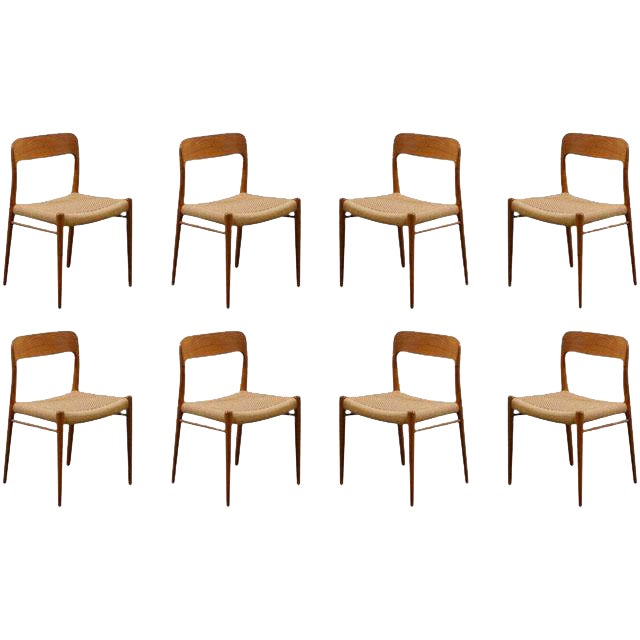 Stellar Original Set of Eight Moller #75 Chairs in Teak For Sale