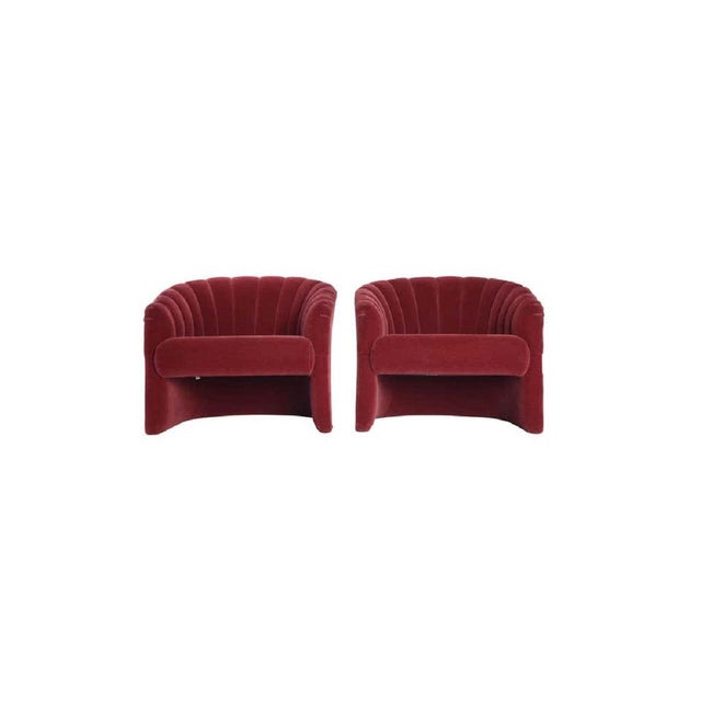 1970s Red Mohair Barrel Back Lounge Chairs- A Pair For Sale In Chicago - Image 6 of 8
