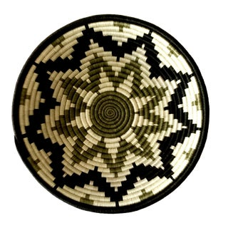 African Rwanda Sweet Grass and Sisal Woven Basket Wall Hanging Fruit Basket