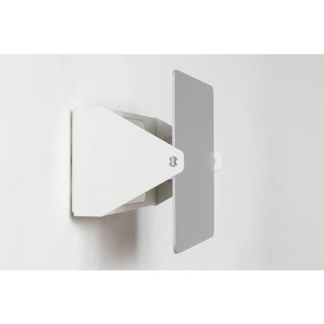 Charlotte Perriand 'Applique á Volet Pivotant' Wall Light in Natural Aluminum For Sale In Los Angeles - Image 6 of 9