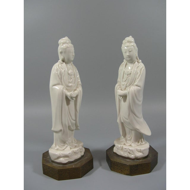 White Antique Chinese Dehua Blanc De Chine Porcelain Standing Guanyin/Kwan Yin Statues - Set of 2 For Sale - Image 8 of 8