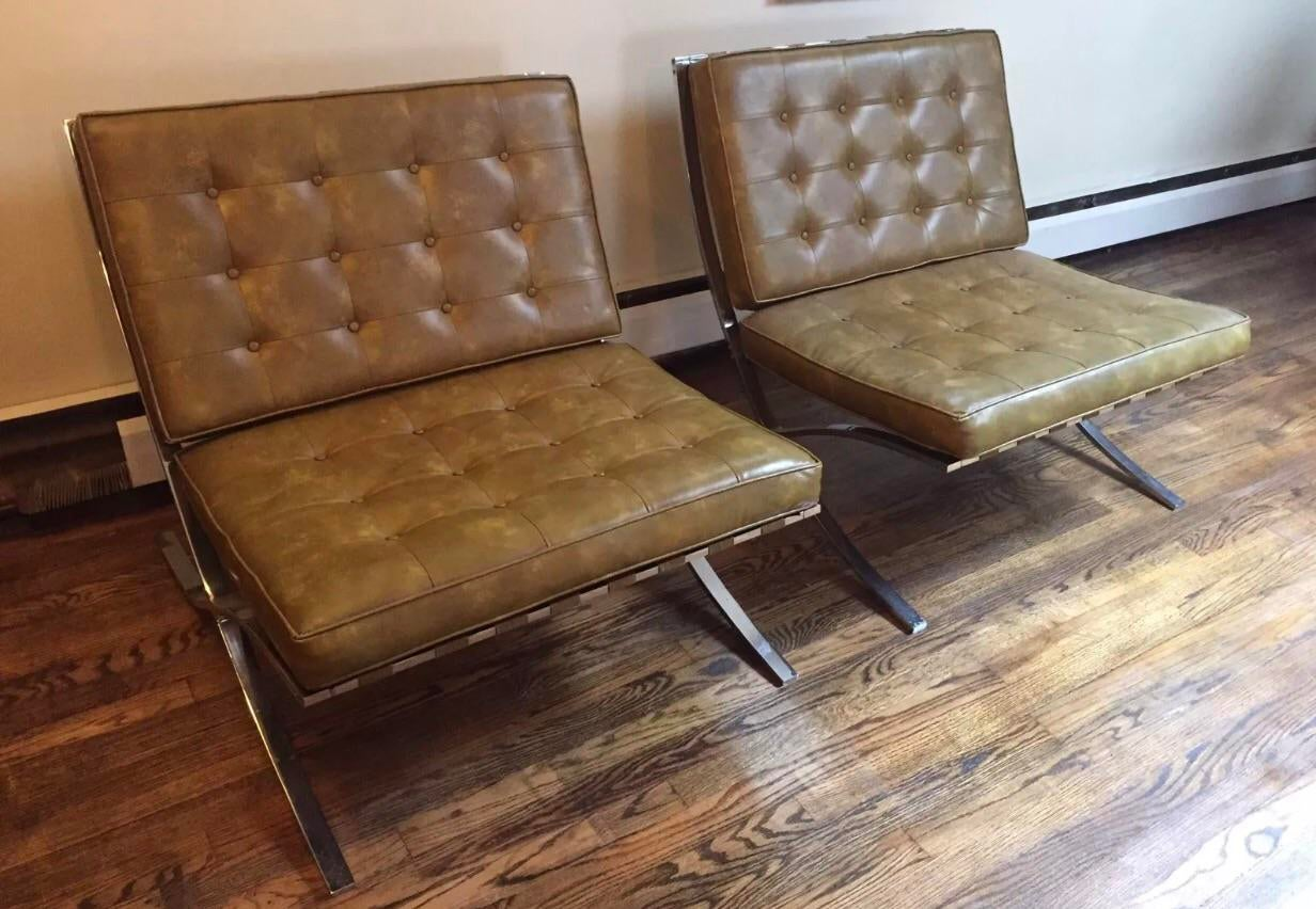 Charmant Offered For Sale Is A Stunning Pair Of Mid Century Modern Barcelona Chrome  Chairs. Original