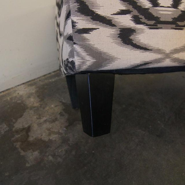 Contemporary White and Grey Ottoman/Stool - Image 5 of 6