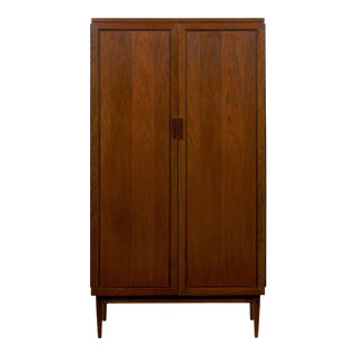"Mid Century Modern Kipp Stewart for Calvin ""Directional"" Walnut Ten-Drawer Dresser For Sale"