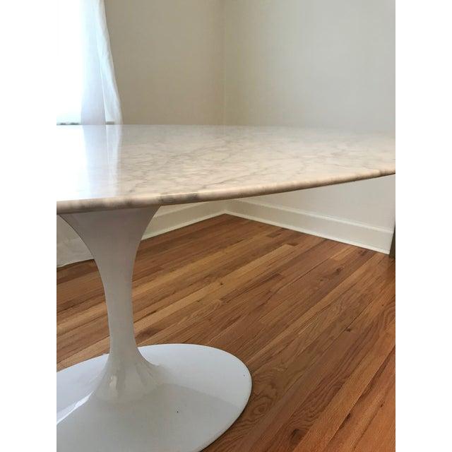 Mid-Century Modern Saarinen Style Oval Marble Tulip Dining Table For Sale - Image 3 of 8