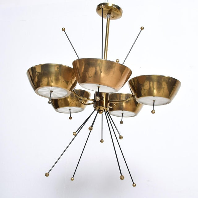 Paavo Tynell Mid Century Modern Sputnik Italian Chandelier in Brass Paavo Tynell Attr For Sale - Image 4 of 7