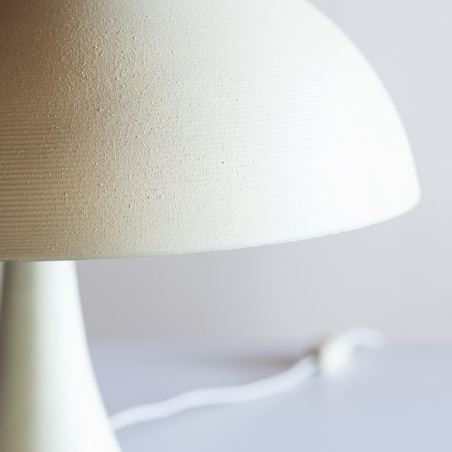 White Small American Desk Lamp, 20th Century For Sale - Image 8 of 10
