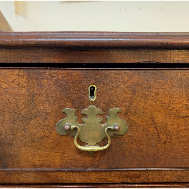 1800s English Georgian Mahogany 5 Drawer Dresser Chest For Sale In West Palm - Image 6 of 11