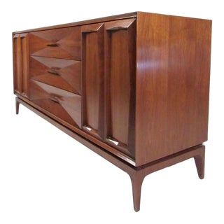 Vintage Modern Sculpted Front Dresser For Sale
