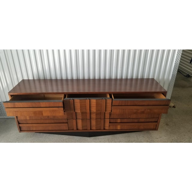 Wood 1970s Brutalist Lane Credenza/Long Chest of Drawers with Mirror For Sale - Image 7 of 13