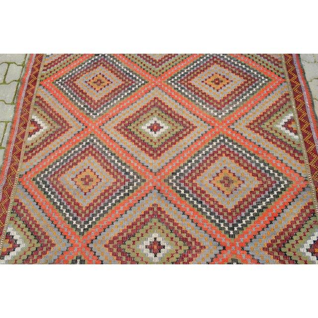 "Vintage Anatolia Turkish Hand Woven Cotton Rug - 5'5"" X 9'2"" For Sale - Image 7 of 10"